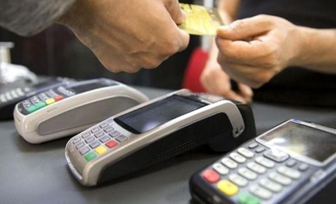 Kredi kartı kullanımıyla ilgili emsal karar: Müzakeresiz kesilen aidatlar geri alınabilecek