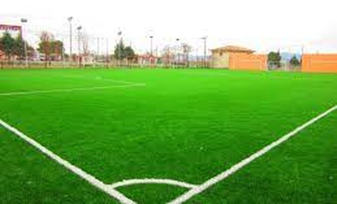 Eşme Yeşilkavak Köyüne, sentetik çim yüzeyli futbol sahası yaptırılacak