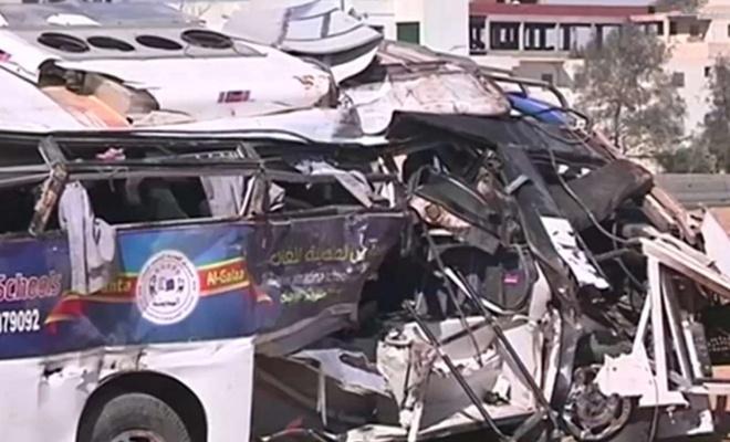 Mısır'da yolcu otobüsü kaza yaptı: 20 ölü