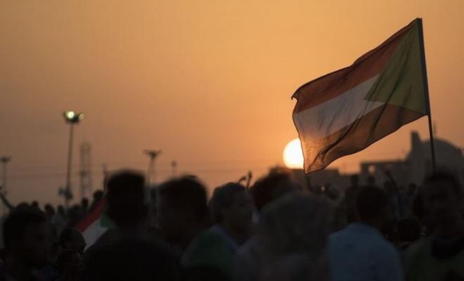 Sudan 8 bölgeli federal sisteme geçişi kabul etti