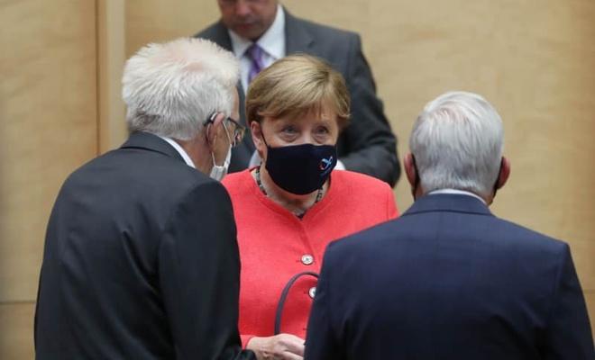 Merkel, ilk kez böyle görüntülendi