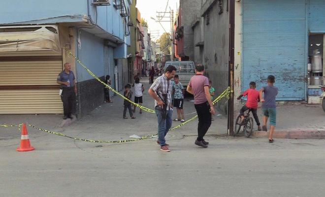 Adana'da silahlı saldırıya uğrayan kişi hayatını kaybetti