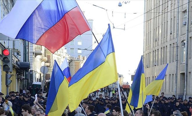 Ukrayna krizi yeniden masaya yatırılıyor