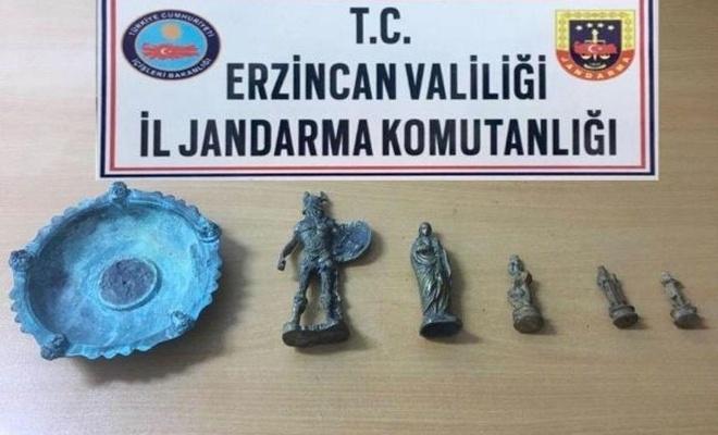 Erzincan`da tarihi heykeller ele geçirildi
