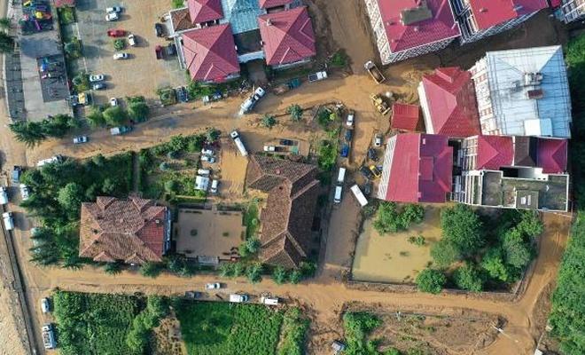 Rize'de sağanak önlemi: 112 ev tahliye edildi