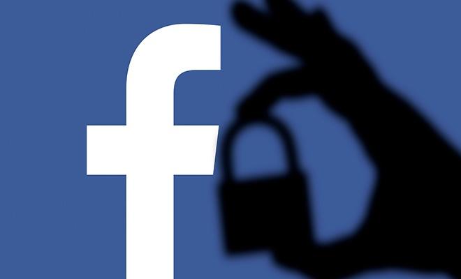Uzmanlar uyardı, Facebook şifrenizi hemen değiştirin!