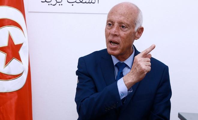 Tunus Cumhurbaşkanı Said, 2 bakanı daha azletti