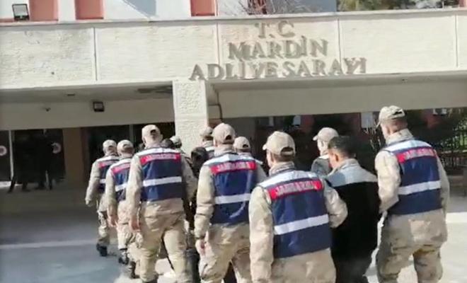Mardin'de Suriye'den kaçak yollarla girerken yakalanan PYD/PKK'li 5 kişi tutuklandı
