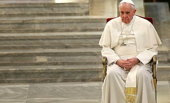 Papa, Ayasofya sessizliğini bozdu: Acı duyuyorum