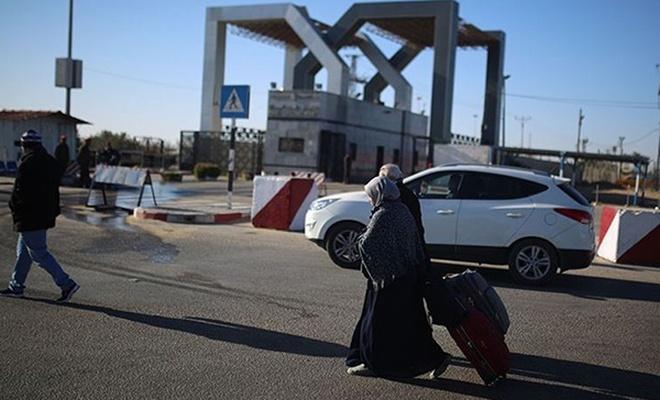 Mısır, nihayet Rafah Kapısı`nı açtı