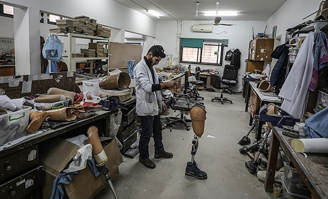 Gazze`deki protez merkezi Filistinlilere umut oldu