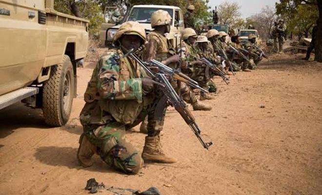 Askeri üsse saldırı: 73 asker öldü