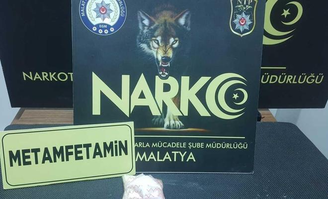 Malatya'da uyuşturucu ticareti yapan 2 kişi tutuklandı