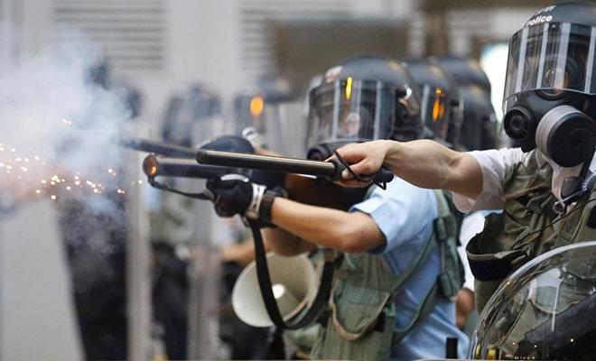 Hong Kong'da protestolar hız kesmiyor!