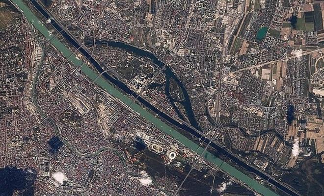 Rasat uydusu 700 km`den foto paylaştı