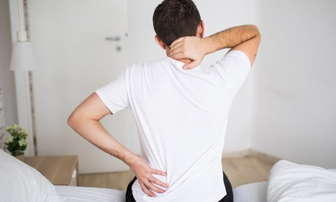 Sırt ve boyun ağrılarıyla mücadele etmenin 7 yolu