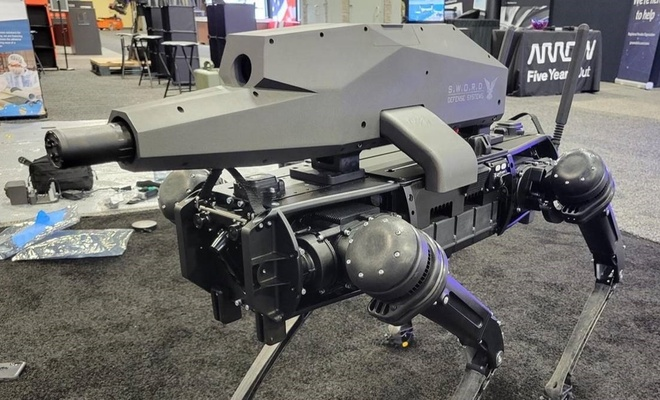 Robot köpeğe sniper silah!