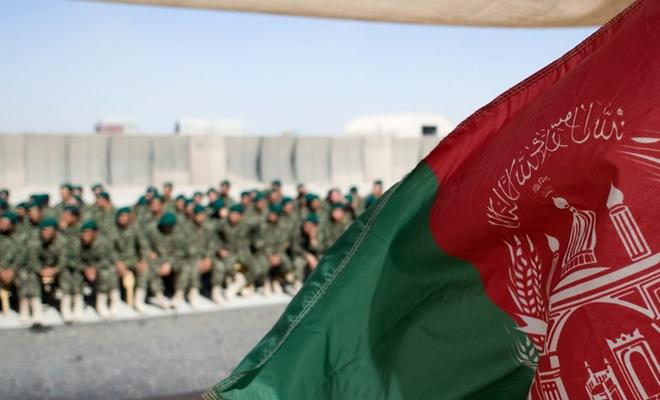 Afganistan'da seçimleri korumak için 100 bin asker sandık başında