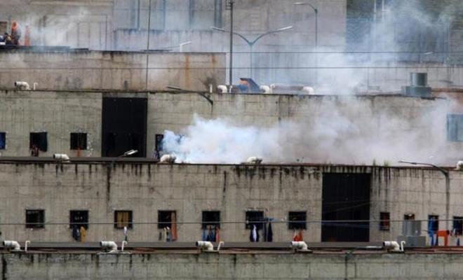 Cezaevi isyanında 67 mahkum hayatını kaybetti