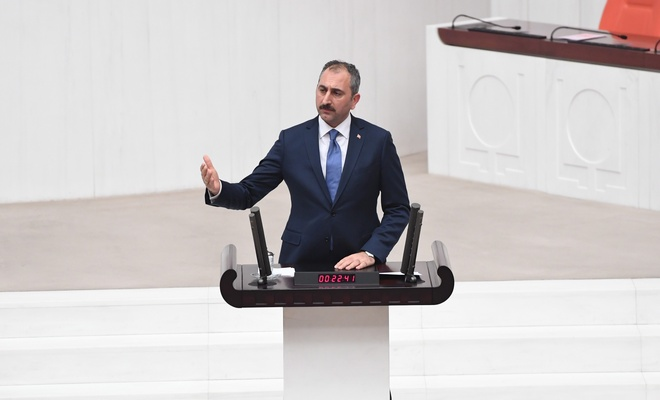 Gül'den AYM'nin Enis Berberoğlu a açıklaması