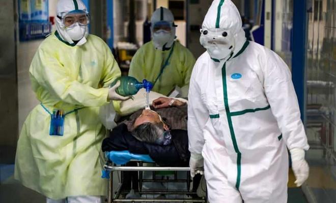 Avrupa'da koronavirüs paniği büyüyor! Ölüm haberleri peş peşe geldi, Fransa'da ulusal karantina ilan edildi