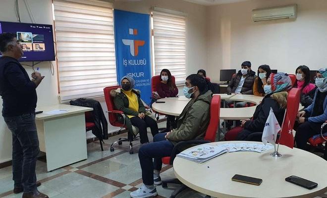 """Diyarbakır'da """"İş Kulübü"""" eğitimleri başladı"""