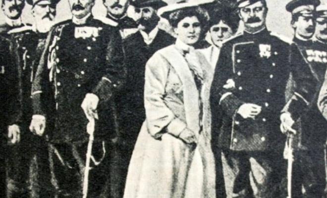 Tarihte Bugün (11 Haziran) : Sırp Kralı ve Kraliçesi Saklandıkları Dolapta Öldürüldü