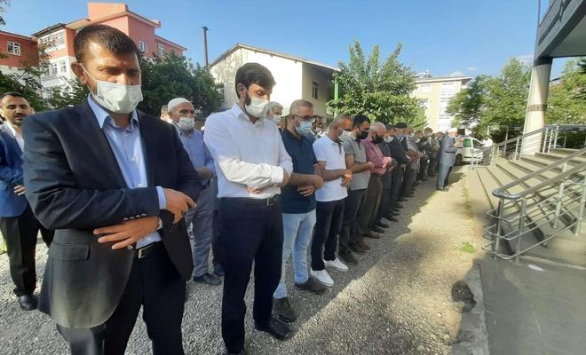 Gazze'deki şehidler için gıyabi cenaze namazı kılındı