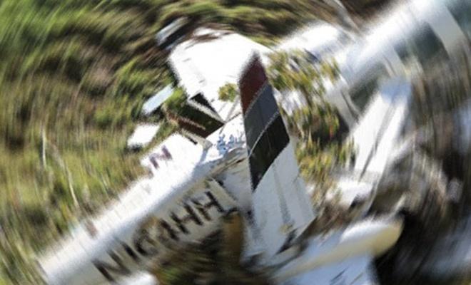 Kolombiya'da yolcu uçağı düştü: Ölüler var
