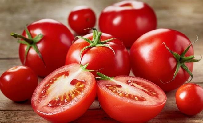 Türkiye'den gelen tonlarca domates ve üzüm Rusya'ya alınmadı