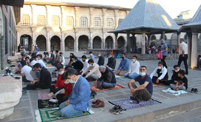 İslam ümmeti Mescid-i Aksa ve Kudüs'ün özgürlüğüyle çifte bayram yaşamak istiyor