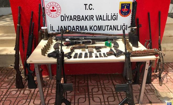 Diyarbakır'da kavganın ardından adreslere yapılan baskında 11 kişi gözaltına alındı