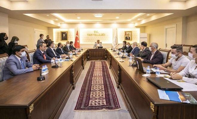 Van İl Hıfzıssıhha Kurulu Vali Bilmez başkanlığında toplandı