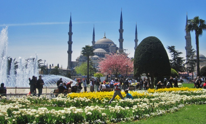 İstanbul'u 11 milyon üzerinde turist ziyaret etti
