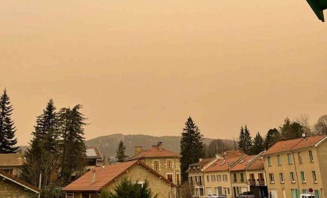 Ülkede etkili olan çöl tozu yarından itibaren etkisini kaybedecek