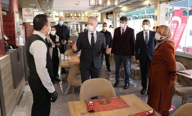 Esnafın Covid-19 kurallarına uyması Gaziantep Valisi Gül'ü memnun etti