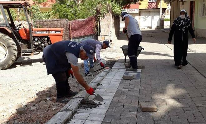 Diyarbakır'da yol bakım çalışmaları devam ediyor