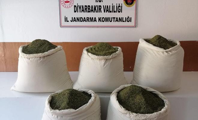 Diyarbakır'da 162 kilogram esrar ele geçirildi