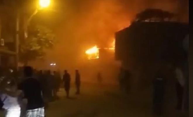 Bursa'da 1 baraka, 2 ev ve 1 iş yeri yandı: 1 yaralı