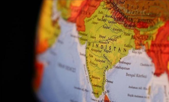 Hindistan'da otel yangını! Çok sayıda ölü var