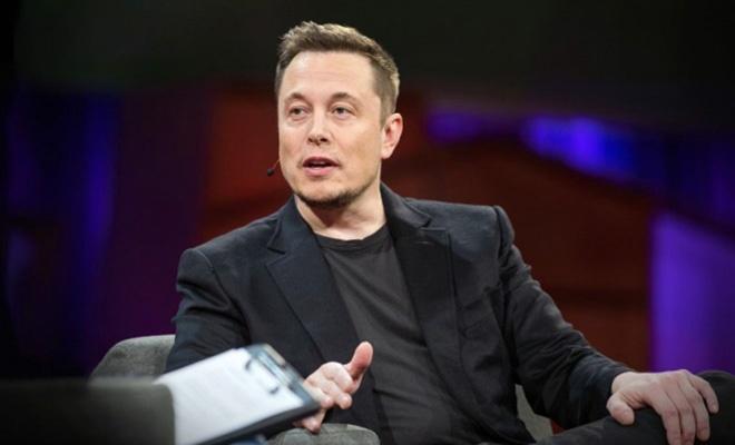 Elon Musk mikroçip ile beyin kontrolünün sağlandığını duyurdu