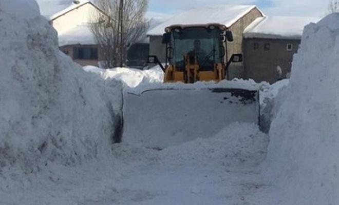 Bu ilçede öğrenciler 12 gündür kar tatili yapıyor