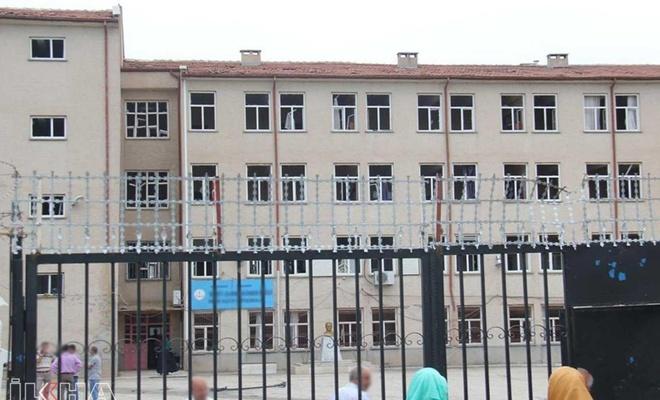 Sınırdaki okulların tatil süresi uzatıldı