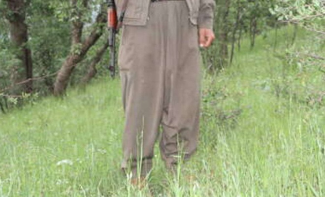 Toprağa gömülü bir PKK mensubunun cesedi bulundu