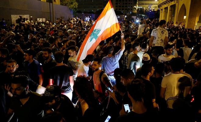Lübnan'da siyasi çekişmeler ekonomik krizi derinleştiriyor