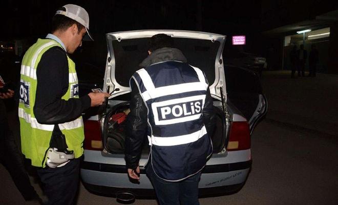 Ankara'da asayiş uygulamalarında yakalanan bin 341 kişiden 186'sı kişi tutuklandı