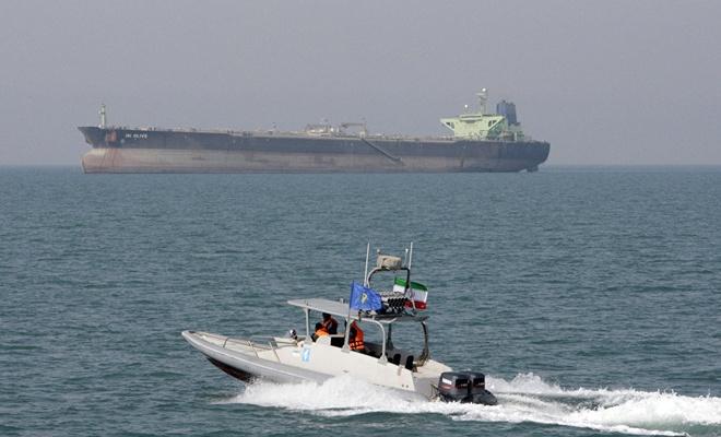 İran, BAE'ye yakıt taşıyan tankere el koydu