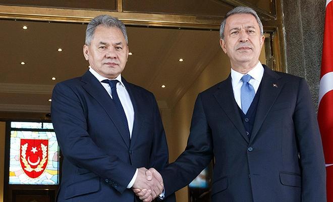 Bakan Akar Rus mevkidaşı ile görüştü